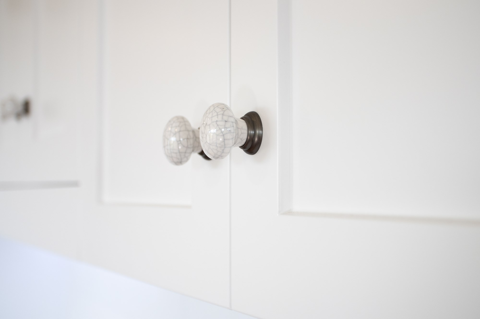 Whitebrige kitchen renovation knob.jpg